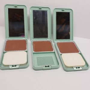 New Vintage Princess Livia Foundation Compact